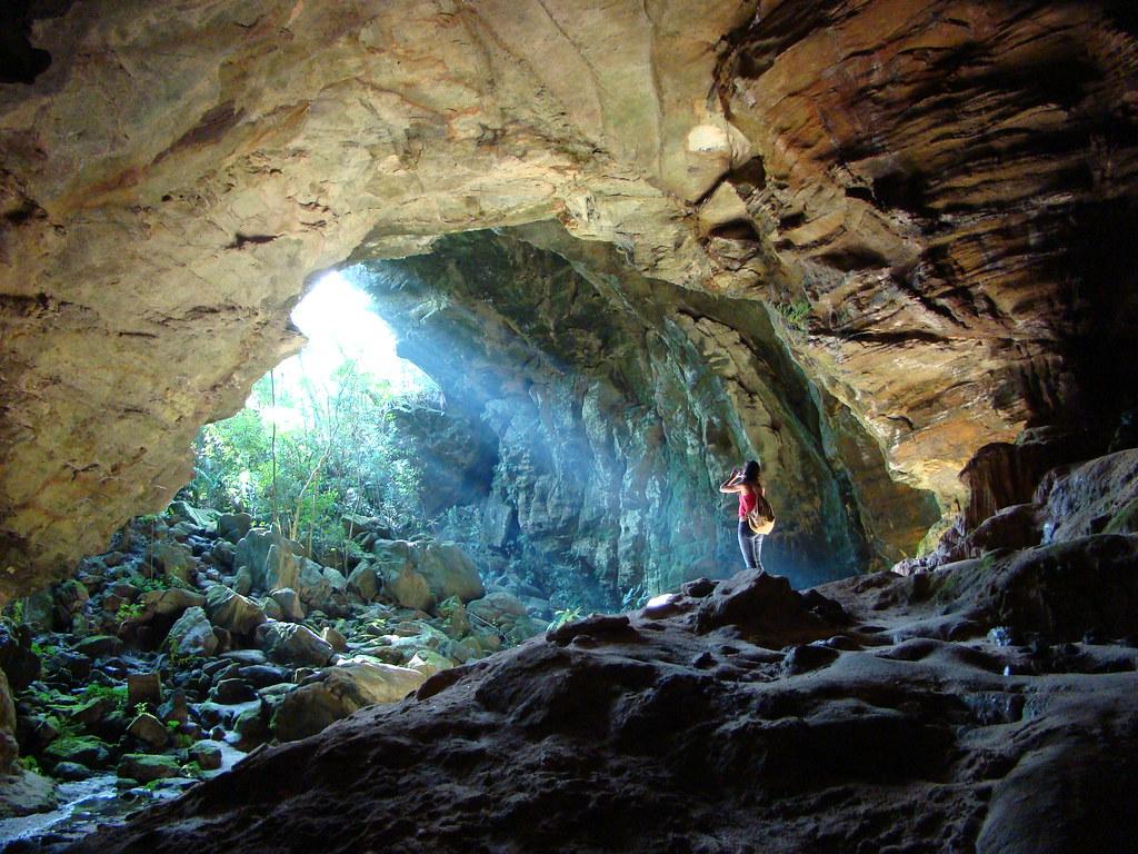 E as trilhas e cavernas de Ibitipoca, cidade próxima a Juiz de Fora.